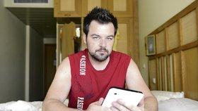 Co na Petra Kramného prozradil jeho tablet?