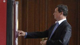 David Rath se posilňoval u automatu na kávu na chodbě soudu