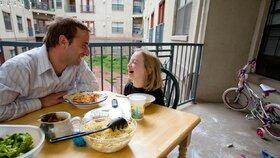 Samoživitelky jsou z 90 procent   ženy, najdou se ale i tatínci (ilustrační foto).