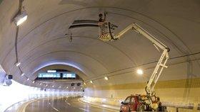 Otevření tunelového komplexu Blanka se odsouvalo. Naposledy kvůli závadným kabelům.