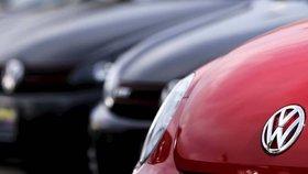 Švýcarsko dočasně zakázalo prodej některých typů vozů koncernu VW.