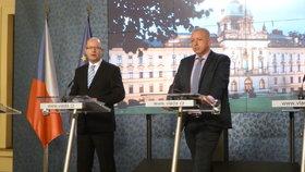 Premiér Sobotka a ministr vnitra Chovanec po zasedání Bezpečnostní rady státu