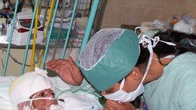 Srpen 2009: Natálka měla popáleniny na 80 % těla.