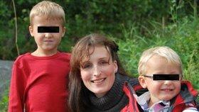 Eva Michaláková se syny, které už dlouho neviděla.