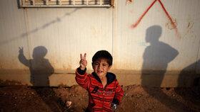 Jen třetina dětí v táboře Za'tarí chodí do školy.