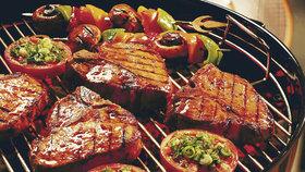 Maso prý výrazně zvyšuje riziko rakoviny.