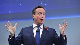 Britský premiér David Cameron chce bojovat i v Sýrii.