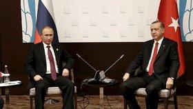 Erdogan se podle Kremlu omluvil za sestřelení ruského letadla.