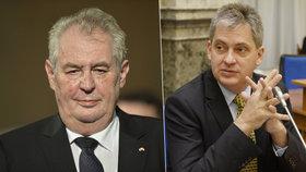 Prezidentovi Miloši Zemanovi nebude v obhajobě funkce konkurovat nikdo z ČSSD. V roce 2013 to zkusil Jiří Dienstbier.