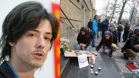 Matěj Stropnický adresoval vzkaz studentům, které nevspustili na Albertově k památeční desce.