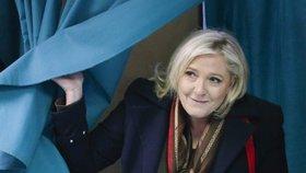 Lídryně francouzské Národní fronty Marine Le Penová