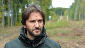 Robert Kaliňák je nejdéle sloužícím ministrem vnitra v celé Evropské unii. Za velkého spojence ho kvůli problematice uprchlíků označuje jeho český protějšek Milan Chovanec (ČSSD).