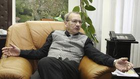 Jaroslav Kubera (ODS) předá kancelář primátora Teplic svému nástupci