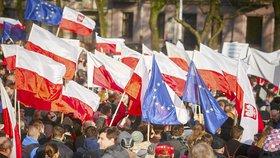 Protivládní protest v Polsku v prosinci 2015