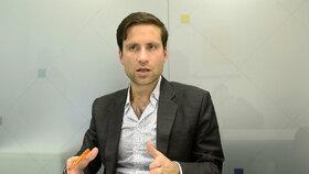 Ekonom Lukáš Kovanda při rozhovoru pro Blesk