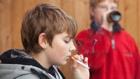 Vláda schválila akční plán boje proti kouření, alkoholismu a hraní hazardu u mladistvých. (Ilustrační foto)