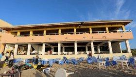 Útok islamistů na plážovou restauraci v somálské metropoli Mogadišu si vyžádal přes 20 mrtvých