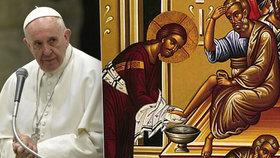 Papež ruší dva tisíce let starou tradici, rituálu se nyní mohou účastnit i ženy.