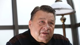 Exkriminalista Josef Doucha byl zatčen.