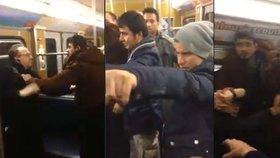 Uprchlíci v metru obtěžovali ženu: Starší pán se jí zastal, běženci zaútočili