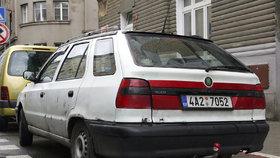 Noví majitelé starých aut si na dani z převodu připlatí. Za veterány až 10 tisíc korun.