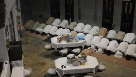 Obama chce zavřít Guantánamo a desítky vězňů převézt do USA.