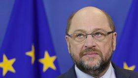 Šéf europarlamentu Martin Schulz rasistické poznámky netoleroval.