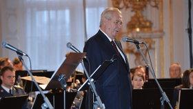 S účastí na úterním galavečeru počítá i prezident Miloš Zeman.