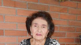 Paní Marie je na svůj věk velice vitální dáma, vše si pamatuje a má velký přehled.