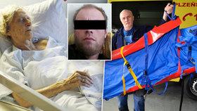 Vyhublá na kost trpěla ve vlastních výkalech: Záchranáři seniorku museli odvézt ve speciálním vaku.