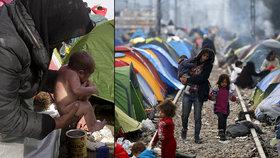 Miminko migranti myjí přímo před stanem.