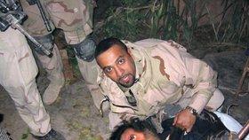Je muž na fotografii Saddám Hussajn? Agent CIA tvrdí, že ne.