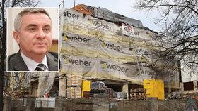 Mynář tvrdí, že konečný rozpočet sice nezná, ale žádný luxus jeho bydlení nebude.