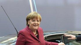Německá kancléřka Angela Merkelová při příjezdu na summit EU s Tureckem v Bruselu