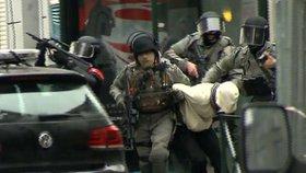 Zatčení teroristy Salaha Abdeslama.