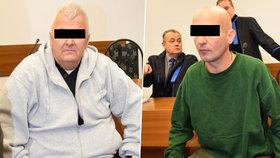 Zoltán K. (52, vlevo) a Menyhért S. (40, vpravo) u tachovského soudu