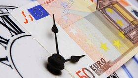 Evropská komise by ráda zastavila střídání času mezi letním a standardním v rámci EU už v roce 2019.