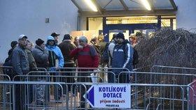 Takhle vypadá zájem v Česku o kotlíkové dotace: V první vlně poslalo letos ministerstvo regionům tři miliardy korun.