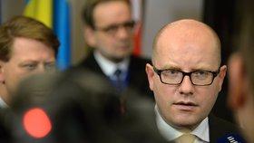 Premiér na jednání o uprchlících