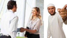 Podání ruky je v Evropě běžným pozdravem, muslimové si vynutili změnu.