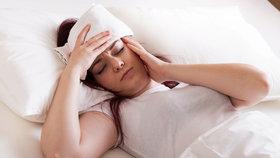 Při úpalu je nejlepší tělo zchaldit obklady a odpočinout si.