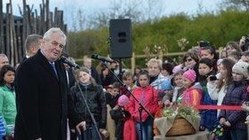 Prezident Zeman přijel na Čapí hnízdo Andreje Babiše.