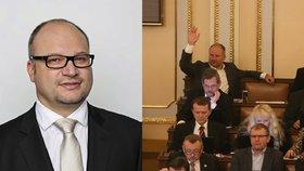 Poslanec ČSSD Štěpán Stupčuk požádal sám o vydání k trestnímu stíhání. Sněmovna o tom bude jednat na konci května.