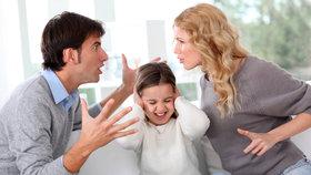 Bytová a sociální situace sice sama o sobě nemůže být důvodem k odebrání dítěte, avšak právě sociální situace rodiny na sebe často nabaluje další problémy, upozornila ombudsmanka Anna Šabatová.