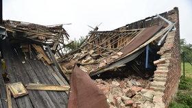 Tudy prošlo tornádo: Jak dopadly budovy, které mu stály v cestě?
