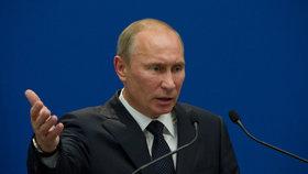 Ruský prezident Vladimir Putin se ohradil proti vojenské strategii NATO.