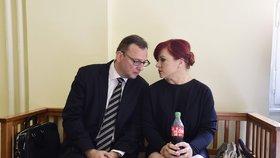 Soud v jedné z větví kauzy Nagyová: Dorazili i Jana Nečasová s manželem Petrem Nečasem.