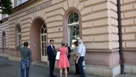 Rodiče Petra Kramného před soudem v Olomouci