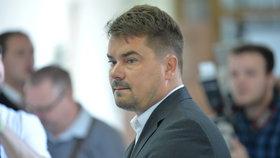 Vrchní soud v Praze projednával v úterý odvolání v případu Marka Dalíka, který je viněn z korupce při nákupu obrněných vozidel pandur pro českou armádu.