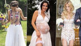 Krásné nevěsty v proklatě odvážných šatech.
